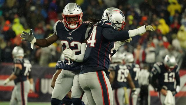 New England Patriots safety Devin McCourty and linebacker Dont'a Hightower