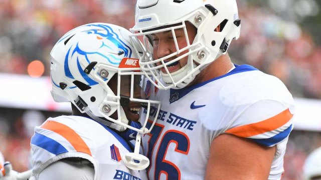 Boise State offensive tackle Ezra Cleveland