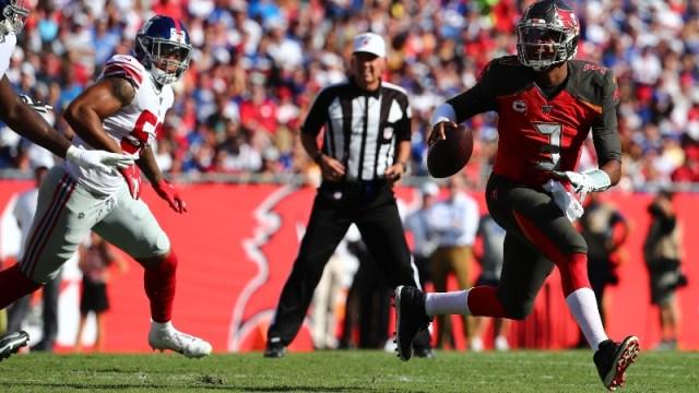 Tampa Bay Buccaneers quarterback Jameis Winston (3)