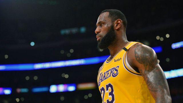Los Angeles Lakers forward LeBron James