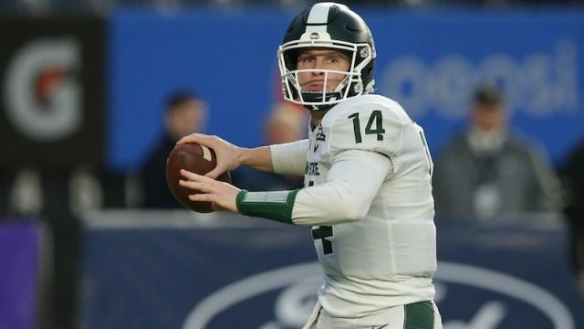 Patriots quarterback Brian Lewerke