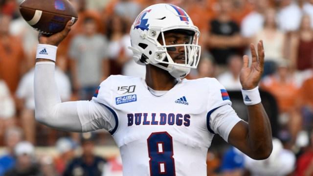Louisiana Tech Bulldogs quarterback J'Mar Smith