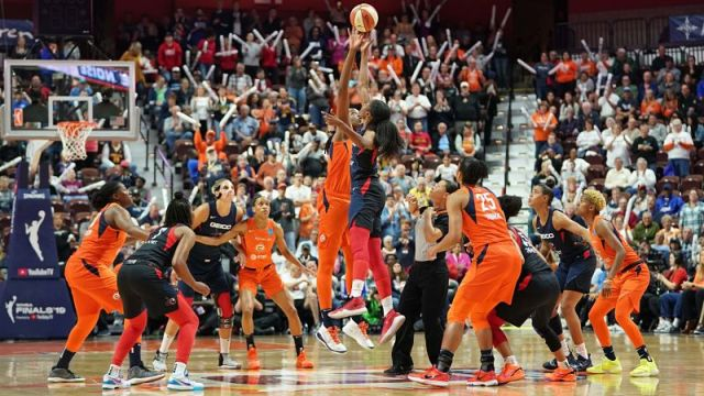 Connecticut Sun and Washington Mystics