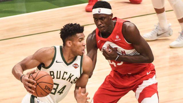 Milwaukee Bucks forward Giannis Antetokounmpo and Toronto Raptors forward Pascal Siakam