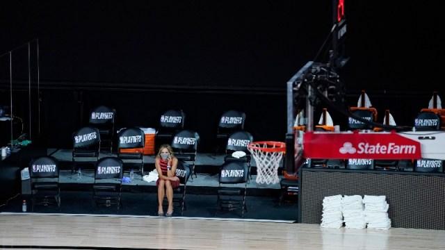 An NBA reporter