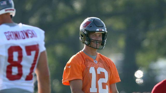 Tampa Bay Buccaneers tight end Rob Gronkowski and quarterback Tom Brady