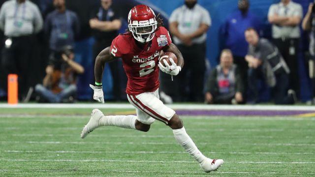 Oklahoma Sooners wide receiver CeeDee Lamb