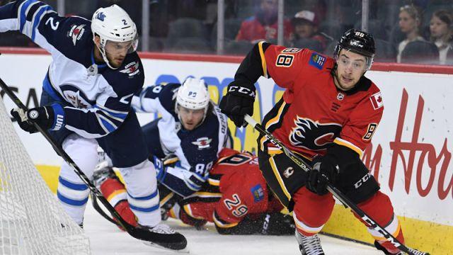 Calgary Flames winger Andrew Mangiapane