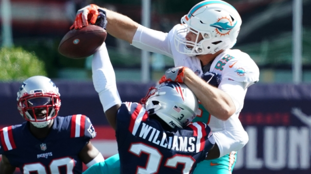 New England Patriots cornerback Joejuan Williams