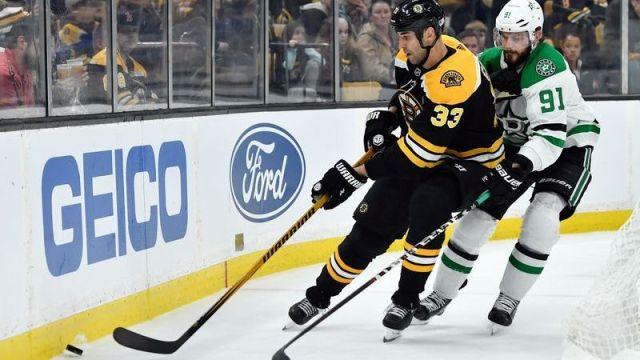 Boston Bruins defenseman Zdeno Chara, Dallas Stars center Tyler Seguin