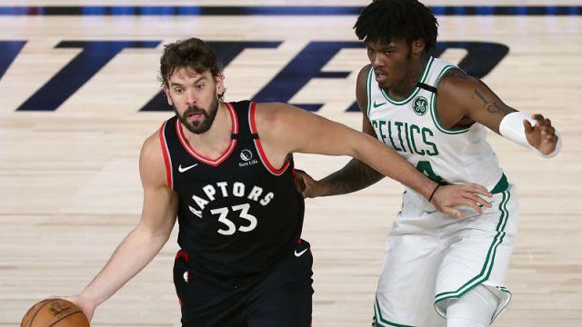 Toronto Raptors center Marc Gasol and Boston Celtics center Robert Williams III