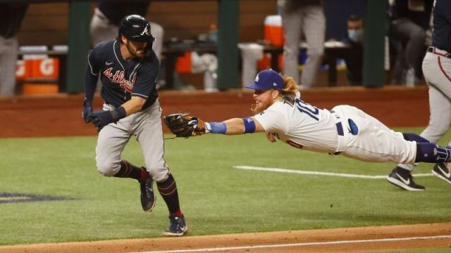Atlanta Braves shortstop Dansby Swanson, Los Angeles Dodgers third baseman Justin Turner