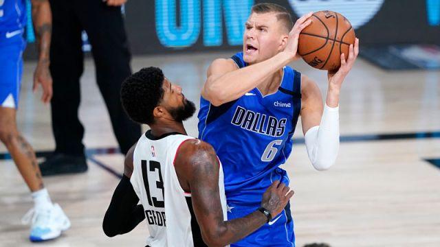 Dallas Mavericks forward Kristaps Porzingis
