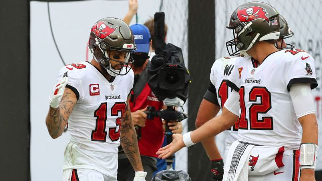 Tampa Bay Buccaneers wide receiver Mike Evans and quarterback Tom Brady