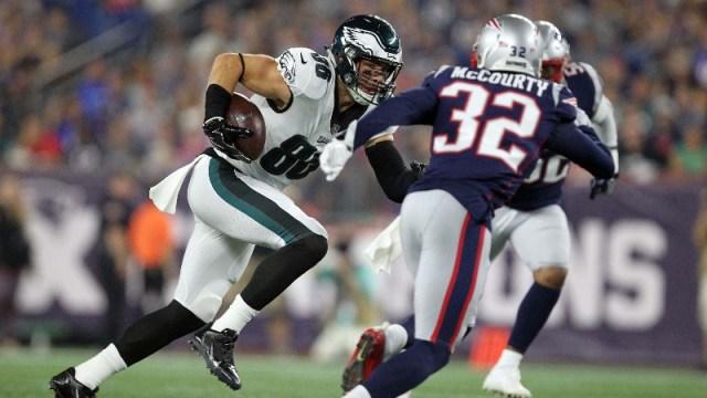 Philadelphia Eagles tight end Zach Ertz (86) and New England Patriots safety Devin McCourty (32)