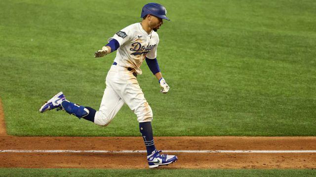 Los Angeles Dodgers right fielder Mookie Betts