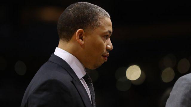 Los Angeles Clippers head coach Tyronn Lue