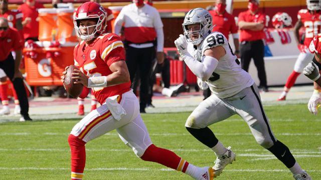 Kansas City Chiefs quarterback Patrick Mahomes and Las Vegas Raiders defensive end Maxx Crosby
