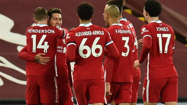 Liverpool's Roberto Firmino, Jordan Henderson, Trent Alexander-Arnold, Fabinho and Curtis Jones