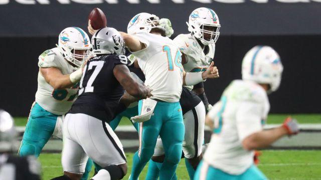 Miami Dolphins quarterback Ryan Fitzpatrick