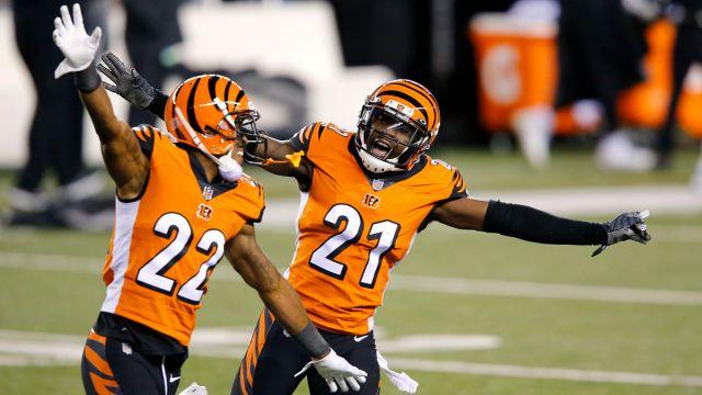 Cincinnati Bengals cornerback Mackensie Alexander and cornerback William Jackson