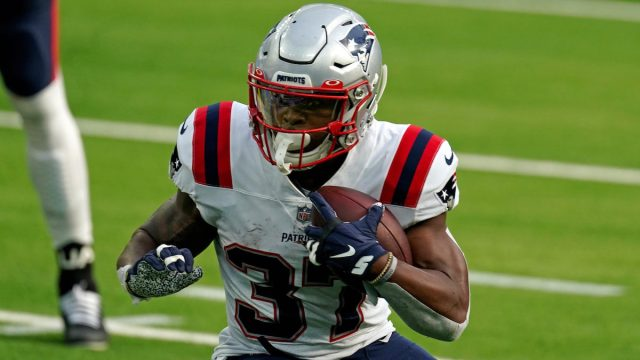Patriots running back Damien Harris