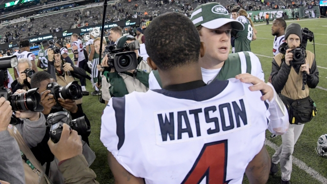 Houston Texans quarterback Deshaun Watson, New York Jets quarterback Sam Darnold