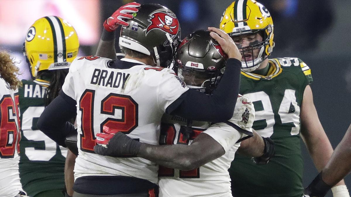 Bucs Players React To Tom Brady's Instagram Video With Rob Gronkowski - NESN.com
