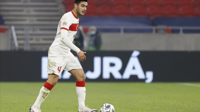Liverpool center back Ozan Kabak