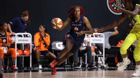 Former Connecticut Sun guard Bria Holmes