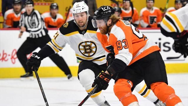 Bruins winger Nick Ritchie and Flyers winger Jakub Voracek NHL