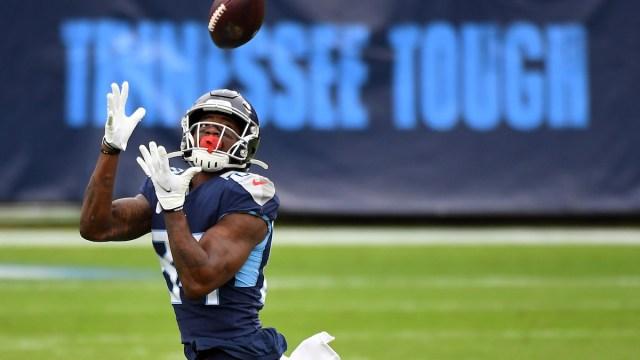 Titans free agent wide receiver Corey Davis