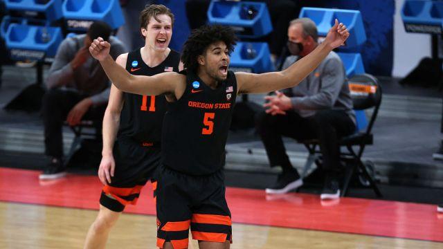 NCAA Tournament: Oregon State guard Ethan Thompson