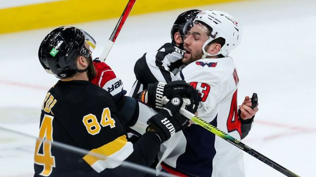 Boston Bruins defenseman Jarred Tinordi, Washington Capitals right wing Tom Wilson