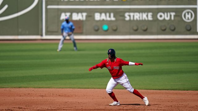 Boston Red Sox infielder Jonathan Arauz