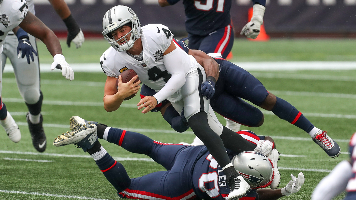 How Raiders' Response To Derek Carr Trade Speculation Impacts Patriots