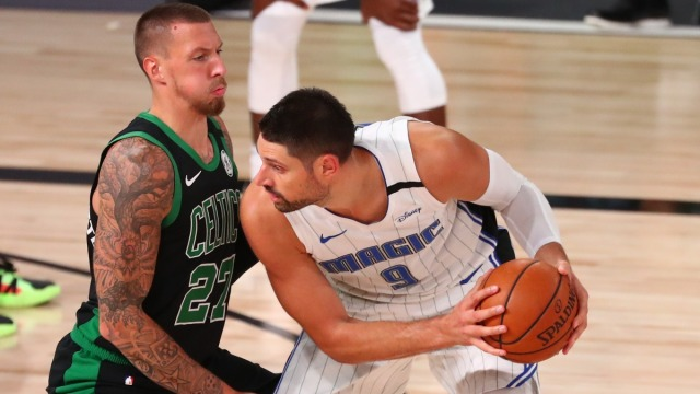Chicago Bulls centers Nikola Vucevic and Daniel Theis