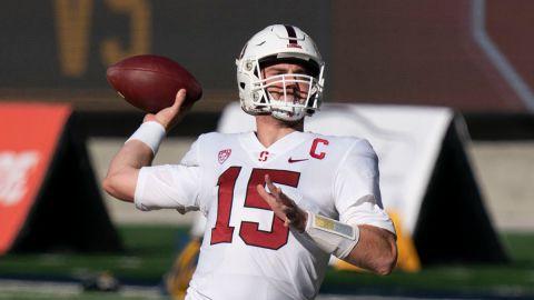 Stanford quarterback Davis Mills