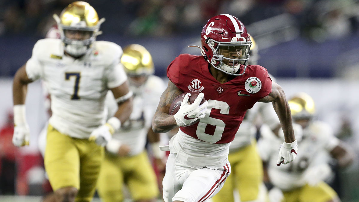 NFL Mock Draft Projects Patriots Trade Up — And Don't Pick Quarterback