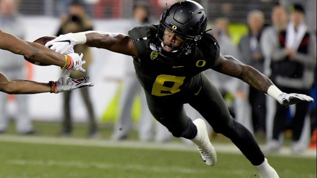 Oregon NFL Draft prospect and potential Patriots safety Devon Holland