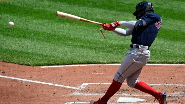Boston Red Sox center fielder Kiké Hernández