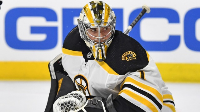 Boston Bruins goaltender Jeremy Swayman