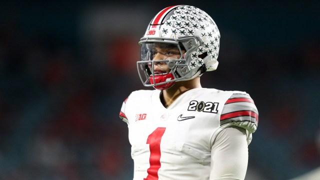 Ohio State Buckeyes quarterback Justin Fields