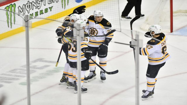 Boston Bruins At New Jersey Devils