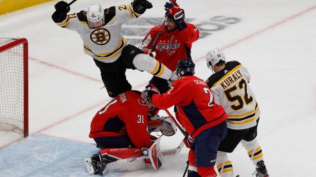 Bruins forwards Nick Ritchie, Sean Kuraly