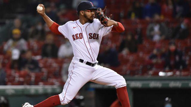Boston Red Sox pitcher Eduard Bazardo