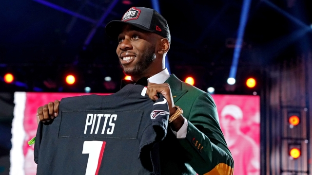 Atlanta Falcons tight end Kyle Pitts