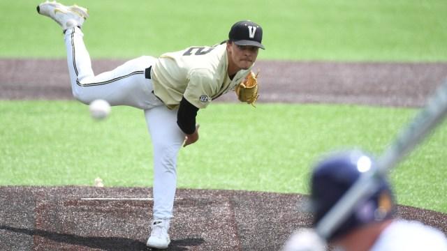 Vanderbilt Commodores pitcher Jack Leiter (22)