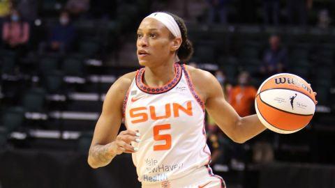 CT Sun guard Jasmine Thomas