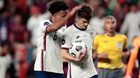 United States midfielder Weston Mckennie (8) with forward Christian Pulisic (10)